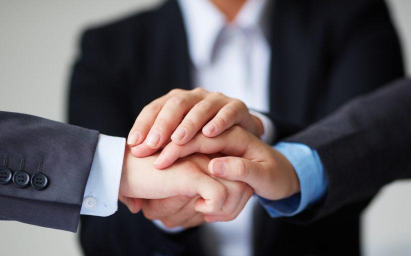خدمات مشاوره به پیمانکاران ، کارفرمایان و مشاوران فنی و حقوقی